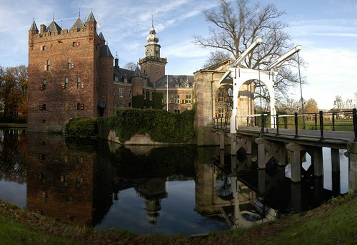 5. Nyenrode Business University, Breukelen, Netherlands
